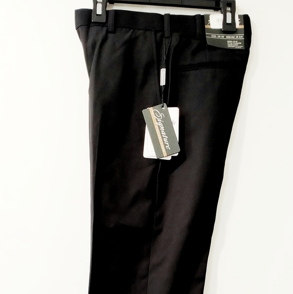 NWT Dress Pants by Signature Size 40 Black